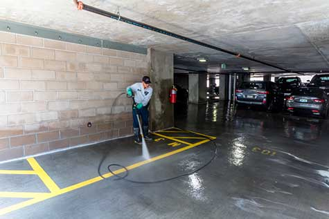 Parking Garage hydro scrubbing